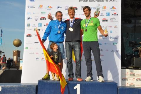Raceboard-WM-Men-Heavyweight-1.-Alexander-Buchau-2.-Toni-Colomar-Torres-3.-Juozas-Bernotas-Foto-Katrin-Heidemann