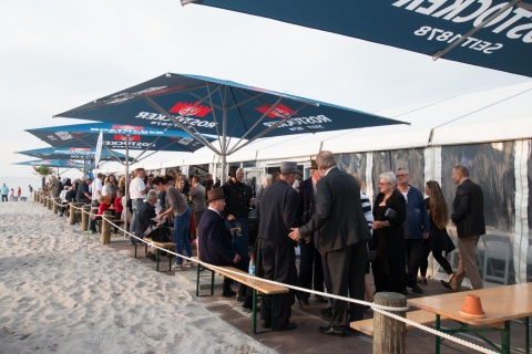 Im Veranstaltungszelt der Sport & Beach Arena fand der Empfang des Oberbürgermeisters der Hansestadt Rostock statt