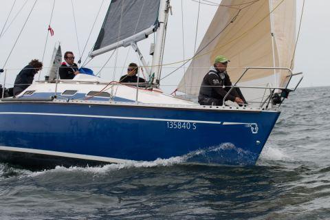 """Die """"bluebird"""" mit Clemens Thamm am Ruder gewann die IDM Seesegeln in der ORC 4 Klasse"""