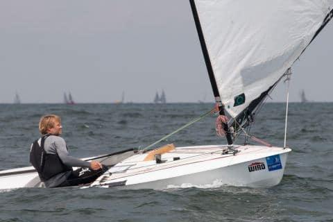 Sieger bei den OK-Jollen wurde der Däne Christian Rasmussen