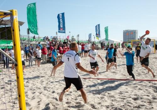 1. Tag der 24. Beachhandballtage 04