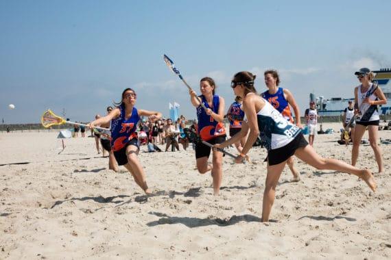Lacrosse in der Sport Beach Arena - © Pepe Hartmann